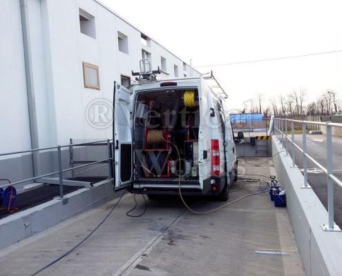 unita-mobile.lavaggio-fotovoltaico